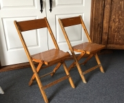 Vintage Wood Chair(1)