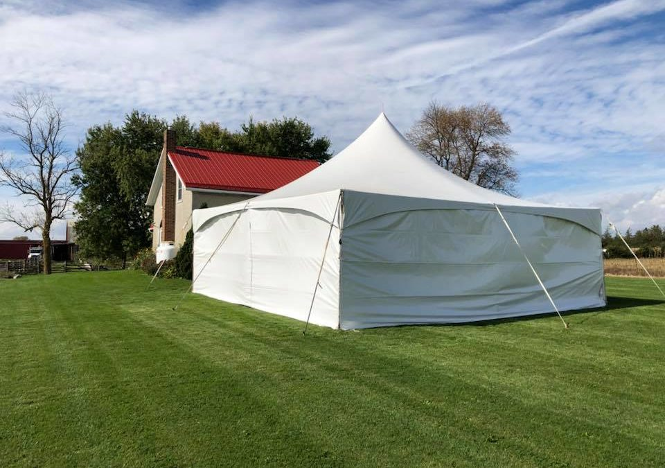 30×30 marquee set up